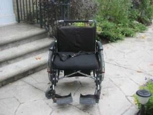 Wide Heavy Duty Wheelchair 26 inches wide - excellent shape like new
