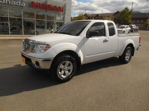 2012 Nissan Frontier SV V6 King Cab 4WD Peterborough Peterborough Area image 3