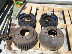 73-87 GMC Chevrolet C20 drum brakes