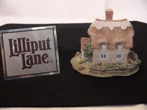 "Lilliput Lane ""Finching Fields"" Figurine London Ontario image 1"