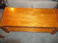 Table de salon en bois couleur teak+lignes dorées 25 (40 livrée)