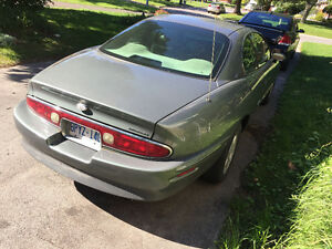 1998 Buick Riviera Coupe (2 door), parts car Kingston Kingston Area image 5