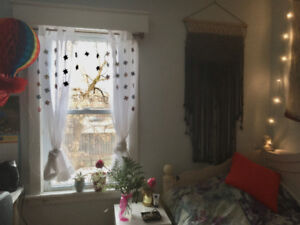 Summer Student Sublet (MAY-AUGUST) **Price negotiable**