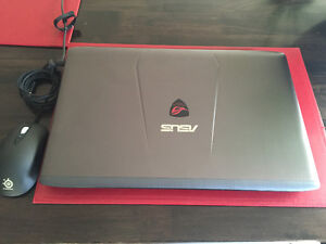 ASUS ROG GL752 Gaming Laptop with Extended Warranty and Extras