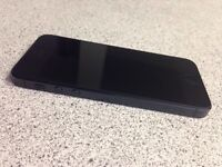 iPhone 5 black 16 GB ( Bell ) excellent condition like new