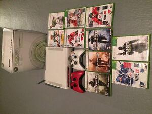 Xbox 360 à vendre 2 manettes, 10 jeux + extras