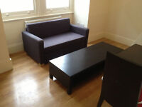 £305 / w - Bright one bedroom flat with sleeping mezzanine level minutes from Hammersmith station