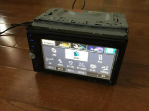 Pioneer AVIC D3 In Dash CD DVD GPS Double Din