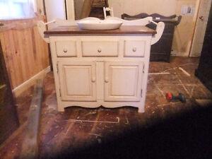 vanité salle de bain  partir de 275,meuble sur mesure disponible
