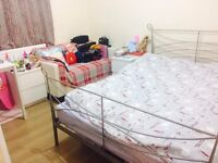Lovely Double Room to Rent in White City Closed to Tube Station