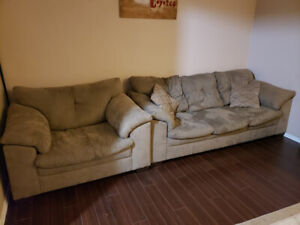 Moving Sale : Great Items/Smoke Free home/ PRICED TO SELL