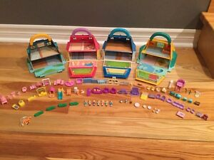 Vintage Blue box houses with Polly pockets