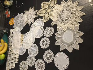 Beautiful Lot of Vintage Doilies, Table Cloths, Runners