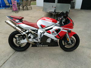 **Mint Condition R6 Low Km's**