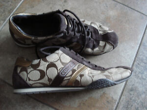 Coach Women's Size 7 Shoes