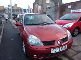 RENAULT CLIO 1.2 extreme 2005 Petrol Manual in Red