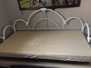 Gorgeous Trundle Bed