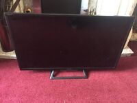 For sale as spares or repairs faulty screen Sony led smart tv 32 inch