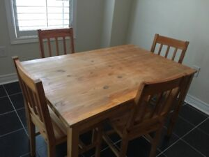 Solid wood (pine) 5 piece dining set