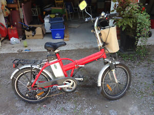 Emmo F6 Folding EBike and supplies