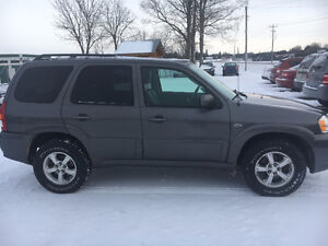 2005 Mazda Tribute ES v6 4x4 2787 Cert and etested London Ontario image 1