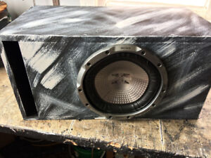 sony 10 inch subwoofer with a  infinity amp