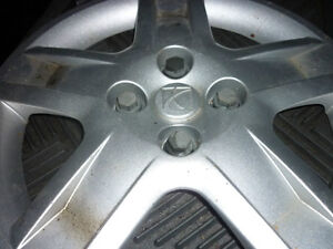 15IN. WHEEL COVER - 4 HOLE - FOR THREADED LUGS