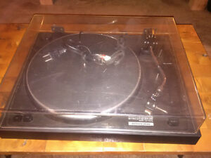 NEC 'Authentic' series AUP5000E Turntable