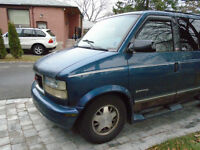 1998 7 Passenger GMC Safari SLX Minivan, Van For Sale