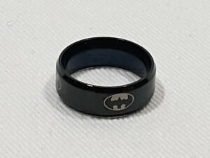 MEN WOMEN BLACK TITANIUM BATMAN RING SIZES 6 TO 11