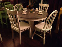 Set of 5 Chairs Antique White/Distressed (Mixed 3 & 2)