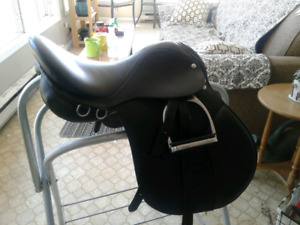 16 inch english saddle