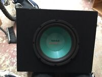 Subwoofer box with speaker