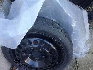 2 spare car tires w rims Windsor Region Ontario image 1