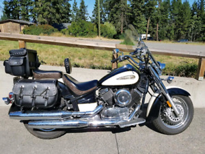 2009 Yamaha V Star 1100 Canadian Addition