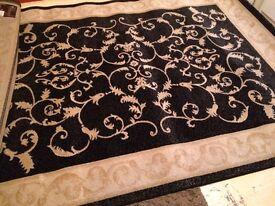 Large rug 6ft5 x9ft