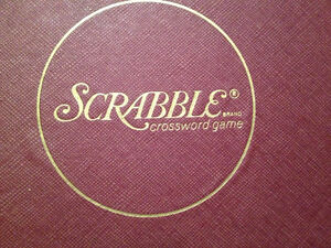 Vintage scrabble crossword game complete c. 1976