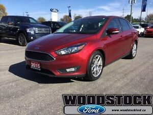 2015 Ford Focus SE  LOCAL TRADE, LOW KM, LOADED