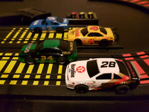 Tyco Electric 4 Lane Race Track Slot Cars (c) 1992