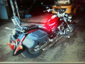 yamaha v star 1100 classic  pieces usagees complet ,
