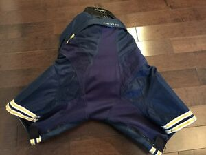 Bauer Nexus 800 Junior hockey pants. Regina Regina Area image 2