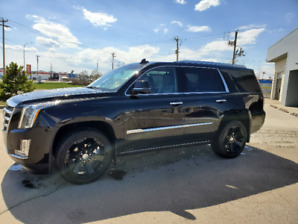 2018 premium Luxury Escalade 4WD fully loaded