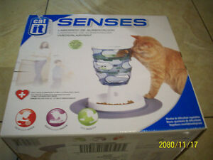 CAT TOY (Feeding Maze) Like Brand New in Box