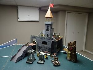 Medieval Castle with Schleich Knights and Dragons Windsor Region Ontario image 1