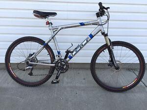 "GT Zaskar mountain bike, XL frame, 26"" tires"
