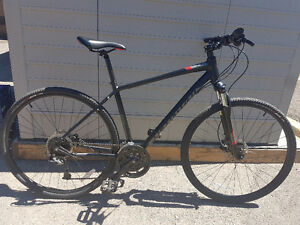 specialized sport crosstrail