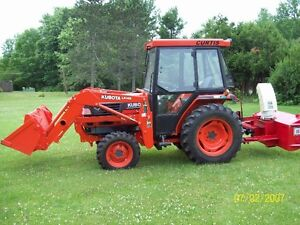 """kubotaL3010, loader, tractor, 4WD with 60"""" blower"""