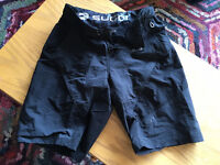 Sugio Gustov Short - Never worn! Not even once.
