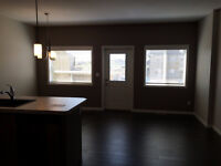 THREE BEDROOM TOWNHOUSE IN PENHOLD - BRAND NEW!