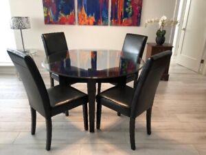 For Sale: Glass Dining Room Table and 6 Chairs